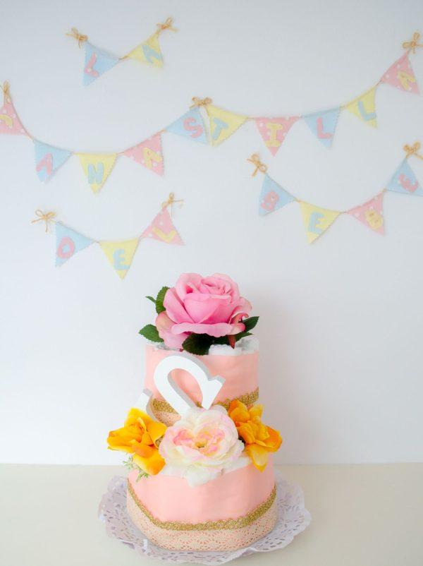 Tarta de pañales floral